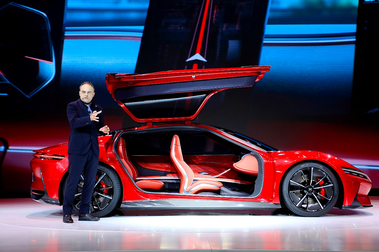 从E-SEED GT概念车看比亚迪未来产品设计走向