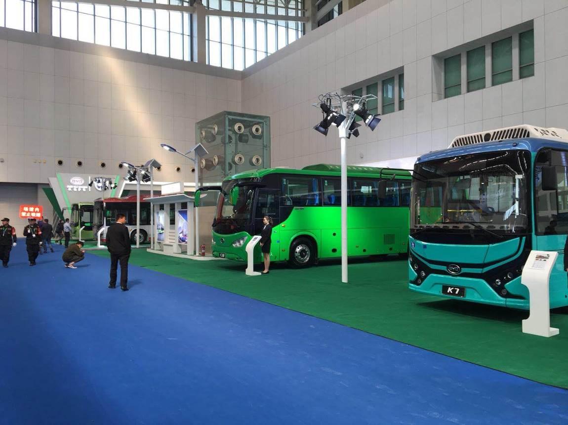 高端科技成就行业标杆  比亚迪商用车亮相天津客车展