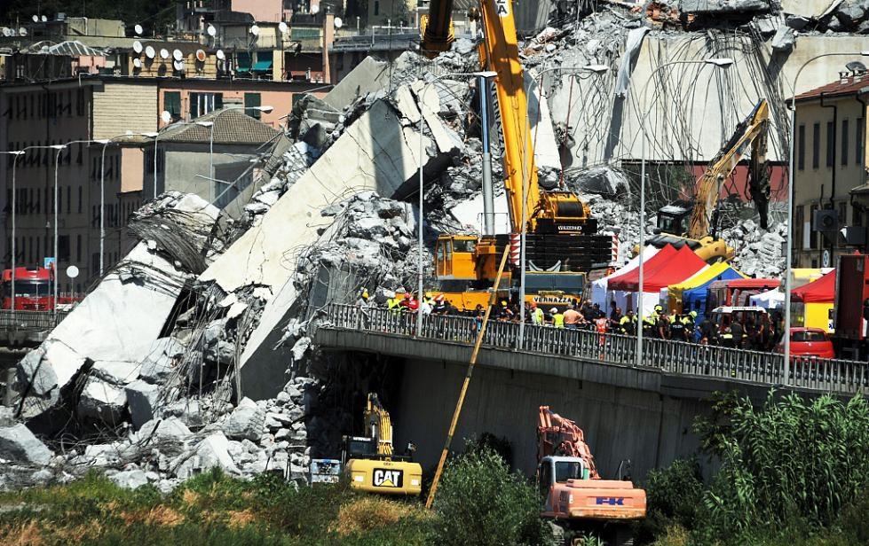 意大利桥塌事故报警曝光,引起民众愤怒